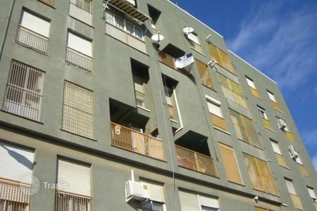 Foreclosed 4 bedroom apartments for sale in Catarroja. Apartment – Catarroja, Valencia, Spain