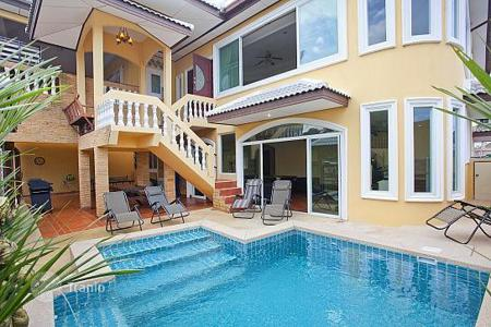 Villas and houses for rent with swimming pools in Pattaya. Villa – Pattaya, Chonburi, Thailand