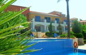 Townhouses for sale in Paphos. This secluded complex is set in the heart of the Cypriot countryside in the traditional vi