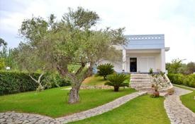 3 bedroom houses by the sea for sale in Peloponnese. Detached house – Patras, Administration of the Peloponnese, Western Greece and the Ionian Islands, Greece
