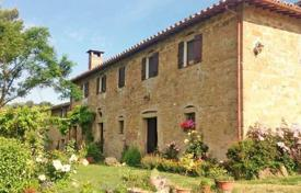 Luxury houses for sale in Umbria. Traditional stone villa in Perugia, Umbria, Italy