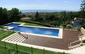 Luxury townhouses for sale in Costa del Sol. Town House for sale in Nagüeles, Marbella Golden Mile