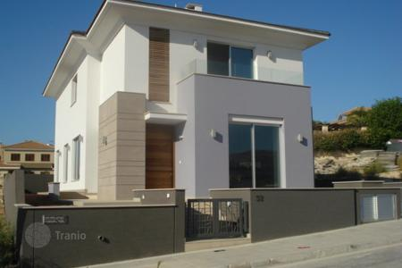 Coastal houses for sale in Agios Athanasios. Five Bedroom Detached House