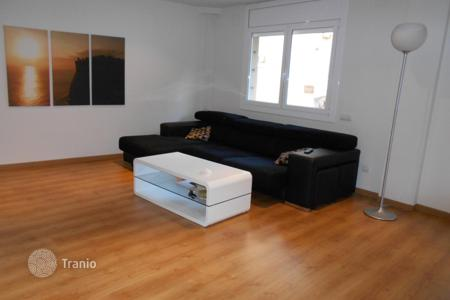 Coastal apartments for sale in Badalona. Apartment for sale in Badalona, totally renovated just 15 min. walking to the beach