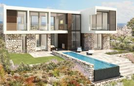 4 bedroom houses by the sea for sale in Paphos (city). Spacious villa in a prestigious golf-club, Pafos, Cyprus