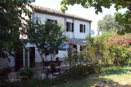 Houses for sale in Chieti. Property in Chietti. Italy