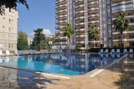 3 bedroom apartments for sale in Western Asia. Large apartment near the sea, in the heart of Mahmutlar, Alanya