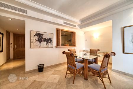 2 bedroom apartments for sale in Estepona. Apartment at Hotel Kempinski? Laguna Village? Estepona