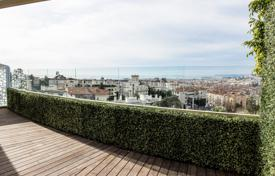 3 bedroom apartments for sale in Cimiez. Penthouse with a spacious terrace and a sea view, in an elite residence in the prestigious area of Cimie, Nice, France