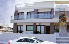 Cheap property for sale in Mil Palmeras. Ground floor apartment 100 meters from the beach of Mil Palmeras