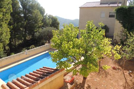 Cheap 3 bedroom houses for sale in Calpe. Villa – Calpe, Valencia, Spain