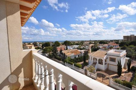 Penthouses for sale in La Zenia. Penthouse – La Zenia, Valencia, Spain