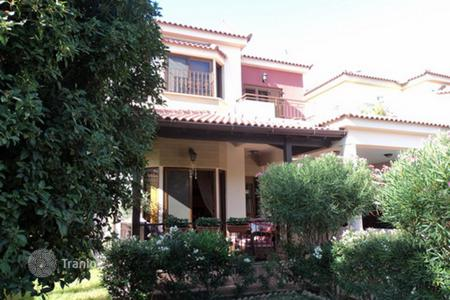 Houses for sale in Strovolos. 4 Bedroom in Archangelos
