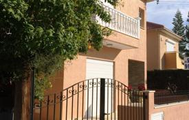 4 bedroom houses by the sea for sale in Limassol. Villa – Limassol (city), Limassol, Cyprus