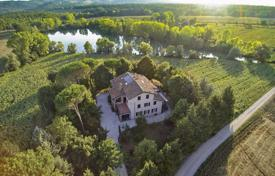 Restored estate with park and lake, Gubbio, Italy for 750,000 €