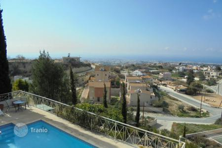 Property for sale in Mesa Chorio. Four Bedroom Luxurious Villa with separate Annex & stunning coastal views REDUCED
