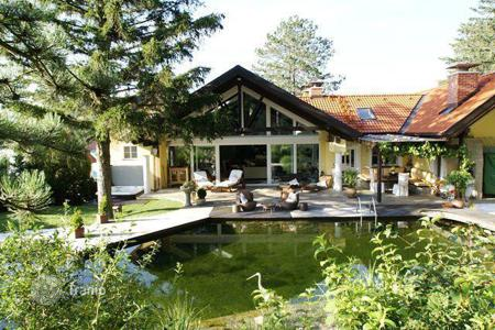 Property for sale in Lower Austria. Delightful villa in a quiet location in the Vienna Woods in Sieghartskirchen