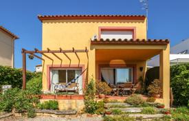 4 bedroom houses for sale in Costa Brava. Villa – Blanes, Catalonia, Spain