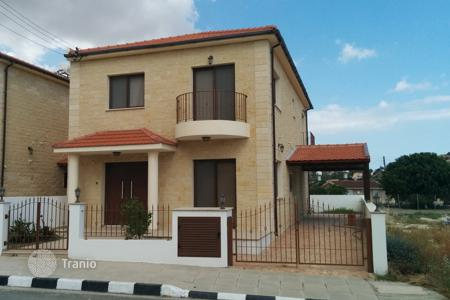 Residential for sale in Alethriko. Three Bedroom Link Detached House with Title Deeds