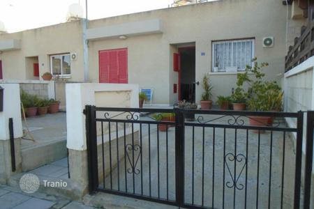 Cheap houses with pools for sale in Larnaca (city). Two Bedroom gound floor Maisonette
