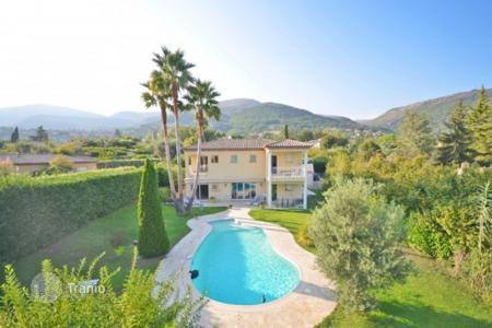 Cheap 4 bedroom houses for sale in Côte d'Azur (French Riviera). Villa – Vence, Côte d'Azur (French Riviera), France