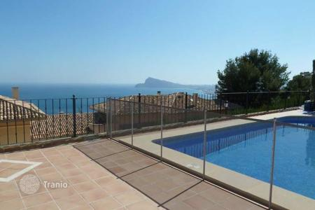 Houses for sale in Altea Hills. Luxury villa of 7 bedrooms and 7 bathrooms with private pool and sea views in Altea Hills