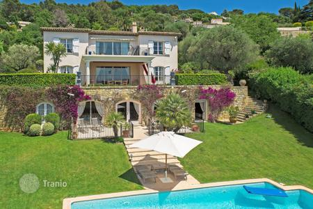 Luxury residential for sale in Le Cannet. Beautiful villa Cannes