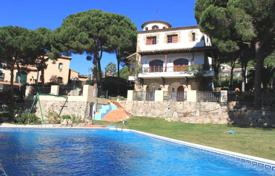 Villa – Lloret de Mar, Catalonia, Spain for 1,450,000 €