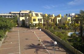 Foreclosed 3 bedroom houses for sale in Andalusia. Villa – Estepona, Andalusia, Spain