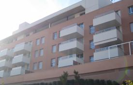 1 bedroom apartments by the sea for sale in Costa Brava. One-bedroom apartment in a new complex with parking, garden and pool, Costa Brava, Lloret de Mar