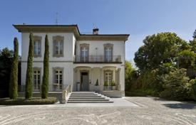 Luxury 5 bedroom houses for sale in Italy. Villa – Lesa, Piedmont, Italy