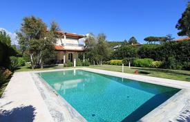 4 bedroom villas and houses by the sea to rent in Tuscany. Detached house – Forte dei Marmi, Tuscany, Italy