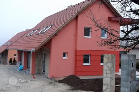 Townhouses for sale in Zala. Terraced house – Heviz, Zala, Hungary