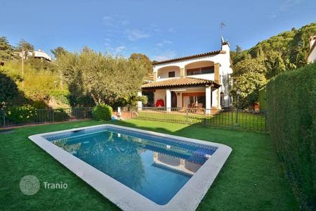 3 bedroom houses for sale in Cabrils. Villa – Cabrils, Catalonia, Spain