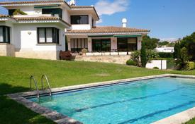 Luxury houses with pools for sale in S'Agaró. Villa – S'Agaró, Catalonia, Spain