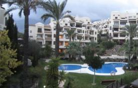 4 bedroom apartments for sale in Altea. Bungalow of 4 bedrooms in Altea