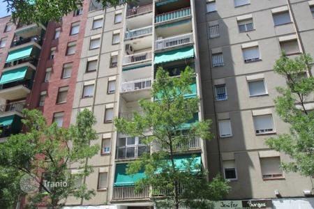Foreclosed 4 bedroom apartments for sale in Catalonia. Apartment - Terrassa, Catalonia, Spain