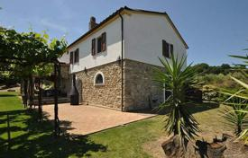 4 bedroom houses for sale in Castiglione della Pescaia. Exquisite house with an olive grove in Castiglione della Pescaia, Tuscany, Italy
