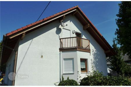 Residential for sale in Tübingen. Spacious family house with a garden in a beautiful place in Frickingen near Lake Constance