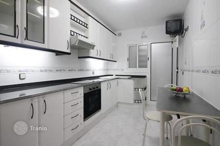 Cheap 4 bedroom apartments for sale in Southern Europe. Apartment of 90 m² with 4 bedrooms, balcony and laundry