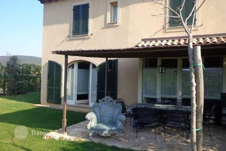 Property for sale in Gavorrano. Apartment – Gavorrano, Tuscany, Italy
