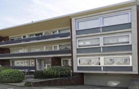 Property for sale in North Rhine-Westphalia. Two-bedroom apartment with a balcony, Dusseldorf, Germany