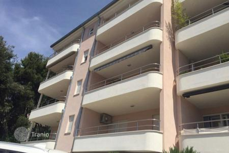 Apartments for sale in Split-Dalmatia County. Luxury apartment on island Čiovo