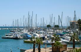 Cheap new homes for sale in Côte d'Azur (French Riviera). Spacious apartment in a new build in Frejus on the Cote d'-Azur
