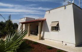 Coastal houses for sale in Campania. Spacious villa with a big territory, Salento, Italy