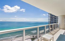 Comfortable apartment with ocean views in a residence on the first line of the beach, Hallandale Beach, Florida, USA for $1,150,000