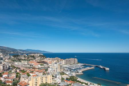3 bedroom apartments for sale in Cap d'Ail. Sumptuous duplex apartment on the top floor