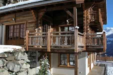 Luxury residential for sale in Alps. Chalet in Grimentz, Switzerland