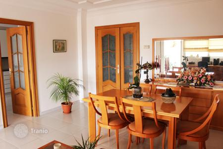 Apartments for sale in Sant Pol de Mar. Large flat in Sant Pol de Mar