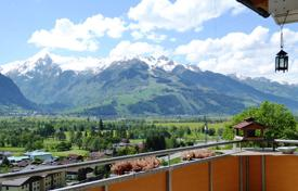 3 bedroom apartments for sale in Austria. Apartment – Zell am See District, Salzburg, Austria